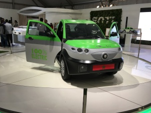 _green_electric_car_concept