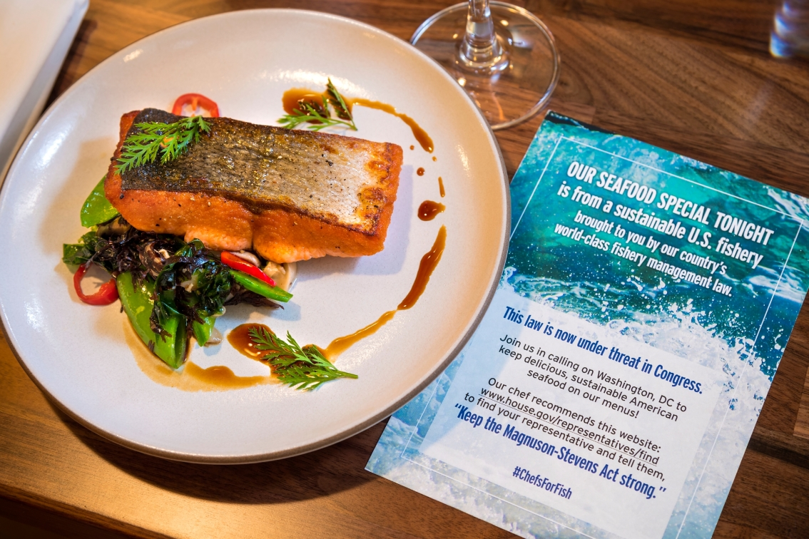 Chefs serve up support for sustainable U.S. seafood