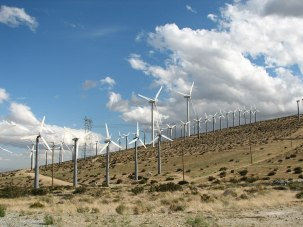 1024px-San_Gorgonio_Pass_Wind_Farm_IMG_0504