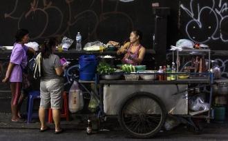 Bangkok street food_Tore Bustad